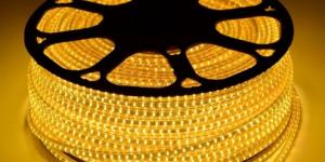 Светодиодная лента влагозащищённая SMD2835 120Led жёлтый 220V IP67