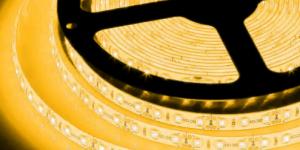 Светодиодная лента влагозащищённая SMD3528 120Led жёлтый 12V IP65