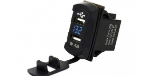 Зарядное USB с вольтметром синяя подсветка прямоугольное на 2-а гнезда врезное 1
