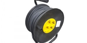 Удлинитель на катушке с заземлением КГ 3х1,5 50м
