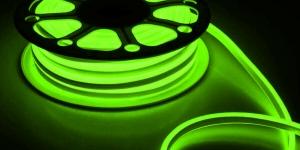 Светодиодный гибкий неон влагозащищённый SMD2835 120Led зелёный 220V IP67 8х16мм